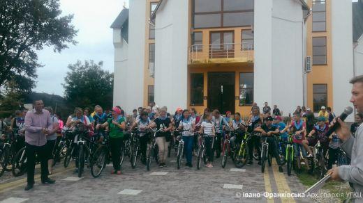30-річчя виходу УГКЦ з радянського підпілля греко-католики відзначили велопробігом