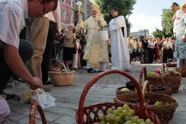 В Україні святкують Преображення Господнє