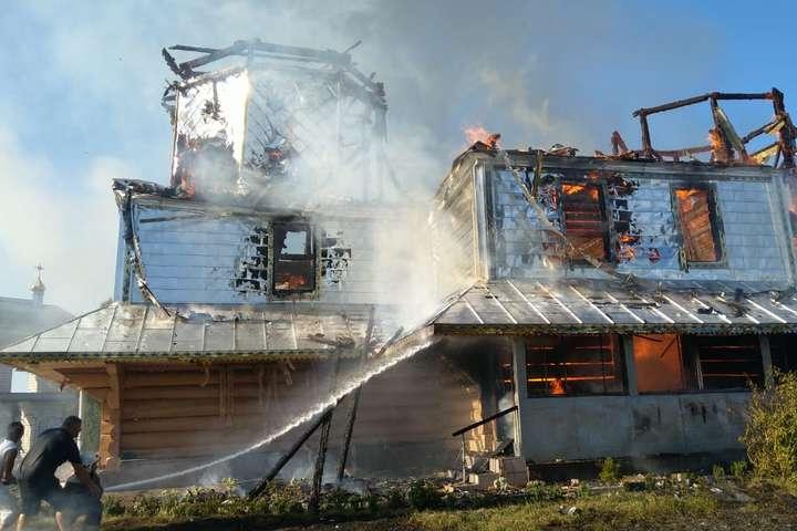 На Прикарпатті згоріла 135-літня церква ПЦУ
