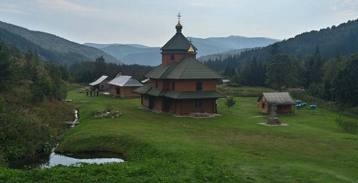 Згорів головний монастирський будинок скиту Унівської лаври УГКЦ