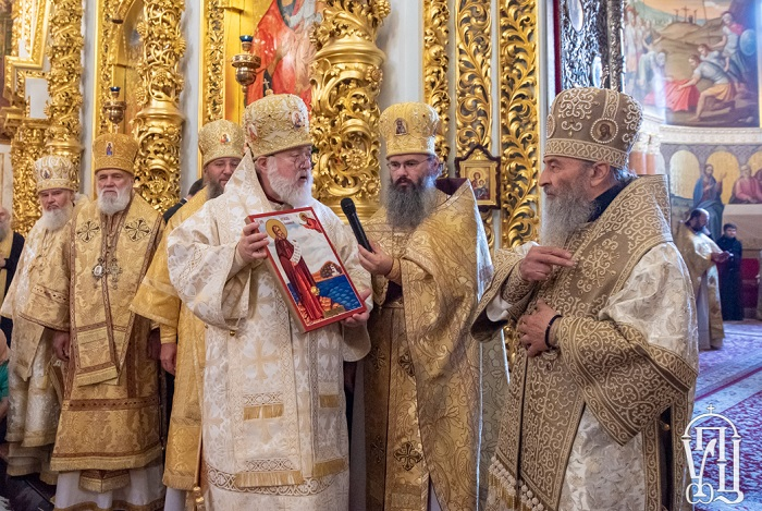 Митрополит напіввизнаної Православної Церкви в Америці приїхав у Київ привітати з 5-річчям предстоятельства главу УПЦ (МП)