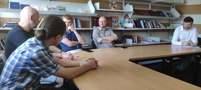 Біблія українською. У Києві відбулося перше засідання ініціативної групи сучасного перекладу Біблії