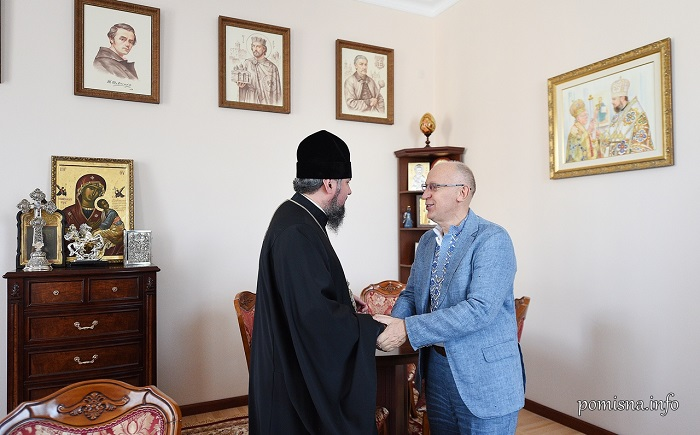 Глава ПЦУ обговорив з дипломатом проекти, пов'язані з духовною історією України та Лівану