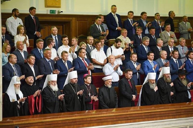 Очільники церков взяли участь в урочистому засіданні Верховної Ради України