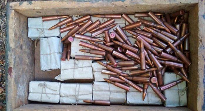 У церкві на Тернопільщині виявили понад 400 патронів часів Другої світової війни