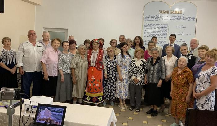 У Харкові адвентисти запроваджують україномовні служіння
