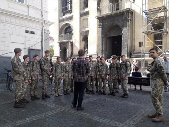 Першокурсники Національної академії сухопутних військ відвідали головну святиню львівських капеланів