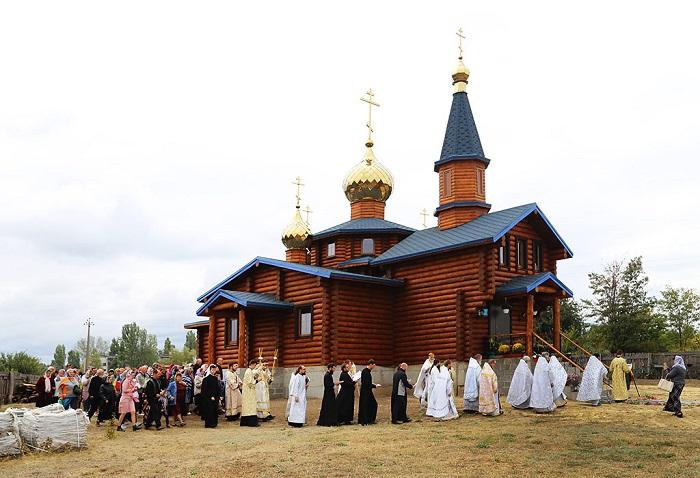 На Харківщині, Київщині, Вінниччині, Буковині, Донеччині та Волині будуються і освячуються нові храми УПЦ (МП)