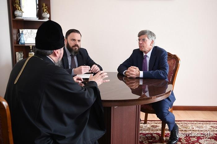 Дипломат зі США обговорив міжконфесійні відносини з главами ПЦУ і УГКЦ
