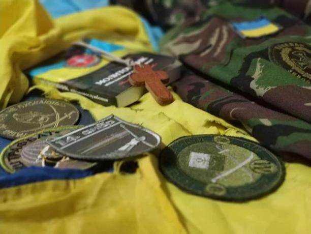До свята Покрови у Львові відкриють виставку особистих речей учасників війни на сході України
