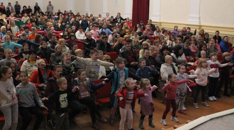 500 детей пришли на евангелизацию «Нового поколения» в Николаеве