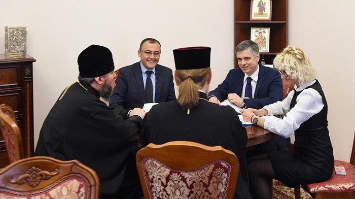 Глава ПЦУ розповів міністру МЗС про міжконфесійну та міжрелігійну співпрацю