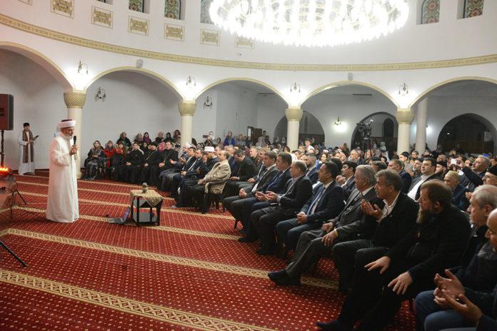 В мечеті Києва демонструють волосся пророка Мухаммада