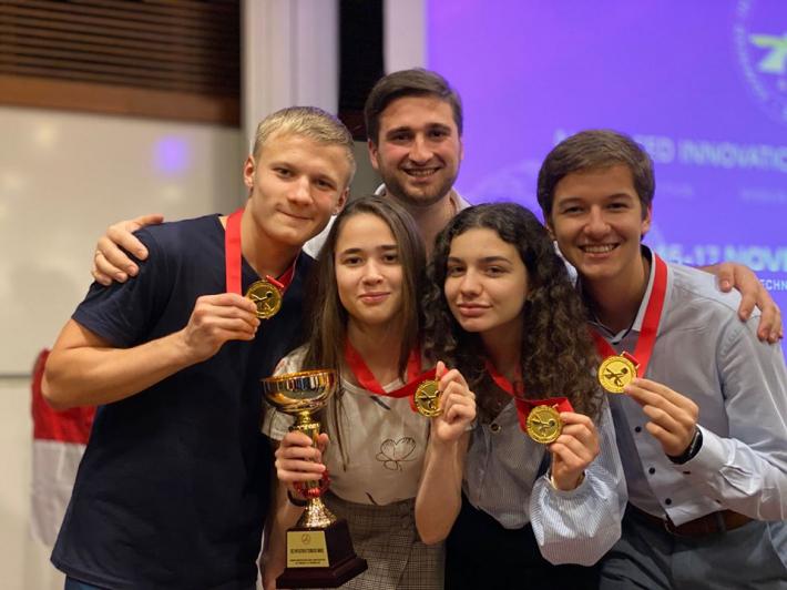 Студенти Українського католицького університету – переможці конкурсу інновацій у Сінгапурі