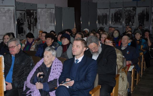 Католицький священник виступив на заході до 80-річчя репатріації етнічних німців з Волині