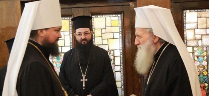 Про «державний переворот уряду Петра Порошенка» ієрархи УПЦ (МП) розповідають іншим Церквам