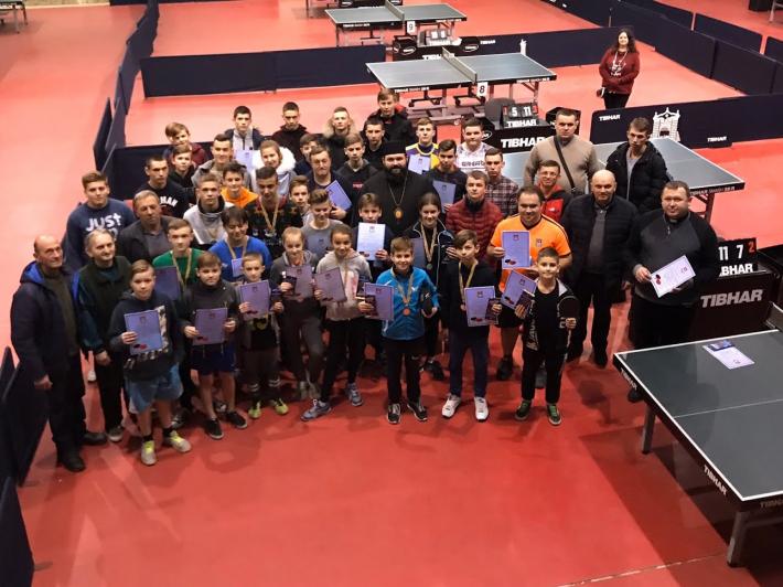 У Сокальсько-Жовківській єпархії УГКЦ вперше пройшов кубок з настільного тенісу