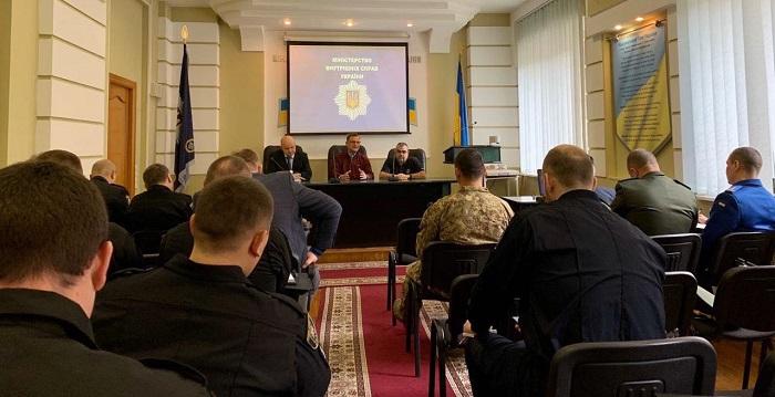 Фахівець зі США провів тренинг для капеланів МВС України