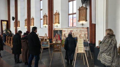На Вінниччині відкрилася виставка картин католицького священника