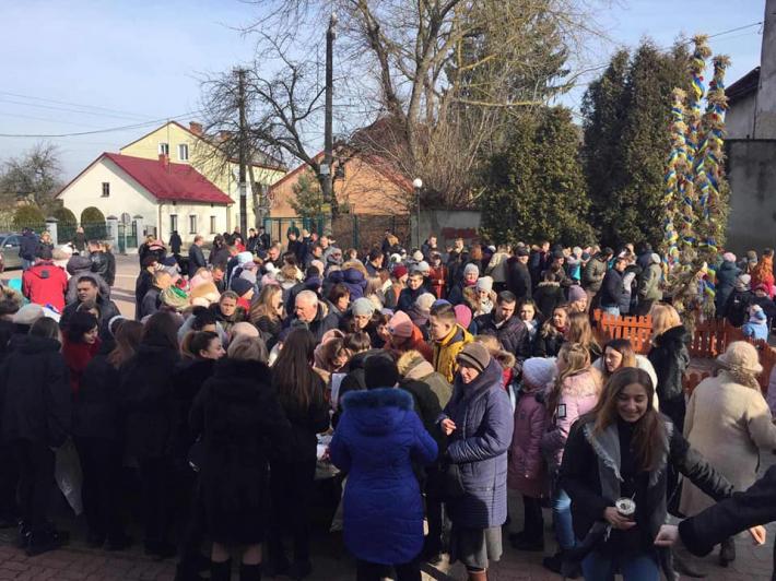 Греко-католики Львівщини зібрали 100 тис грн на обладнання для онкохворих дітей
