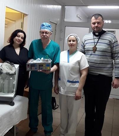 Глава УГКЦ передав медичне обладнання в Ірпінський госпіталь ЗСУ