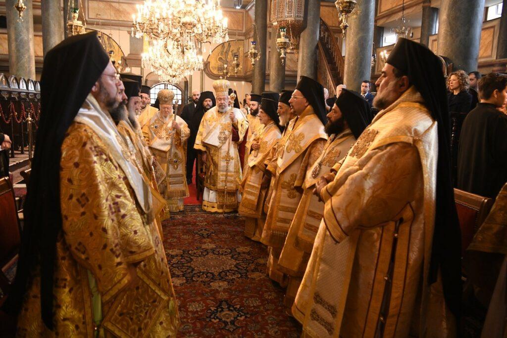 Глава Кіпрської Церкви підтримав Константинополь у праві надавати автокефалію іншим Церквам