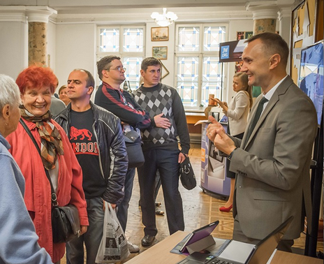 Свідки Єгови в Україні переклали ще дві частини Біблії жестовою мовою