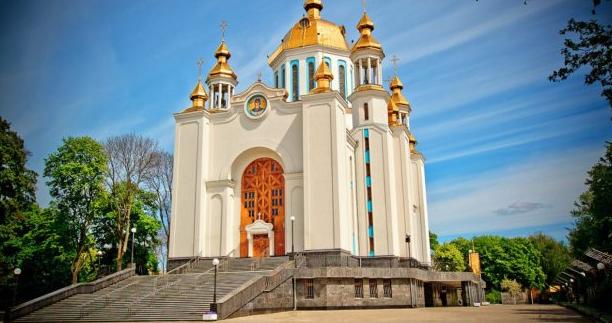 На Рівненщині п'ять громад перереєстрували статути з УПЦ КП на ПЦУ