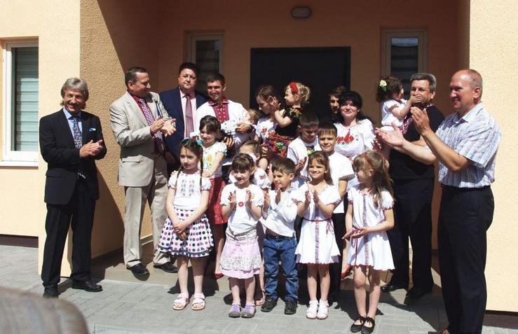 Дев'ять з десяти дитячих будинків сімейного типу в Черкасах відкрили християни