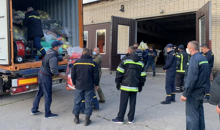 Таврійський християнський інститут передав 15 тонн майна та обладнання пожежно-рятувальним підрозділам Херсонщини