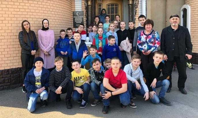 Школярам Полтавщини провели екскурсію в мечеть