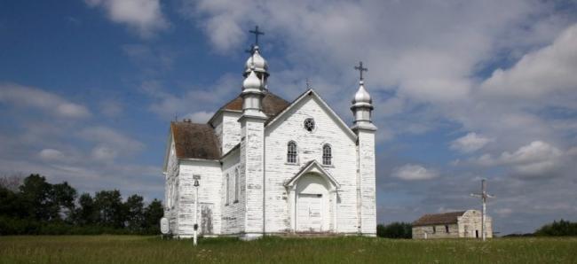 У Львові презентували фото понад сотні покинутих українських церков у Канаді