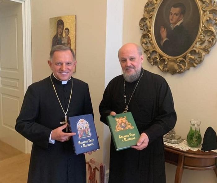 Громада ПЦУ звільнила костел на користь попередніх його власників — римо-католиків