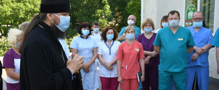 Житомирська єпархія УПЦ (МП) передала лікарні медичне обладнання на понад 90 тис грн