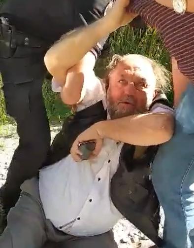 Затриманий поліцією священик УПЦ (МП) виявився радником міського голови Кам`янця-Подільського
