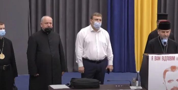 Депутати Тернопільської облради підтримали місцеве духовенство щодо викладання християнської етики в школах