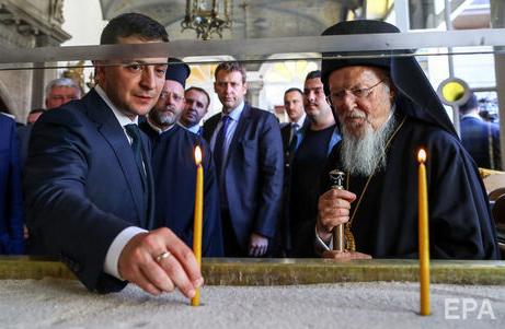 Президент указав Кабміну опрацювати питання надання державного статусу новим релігійним святам