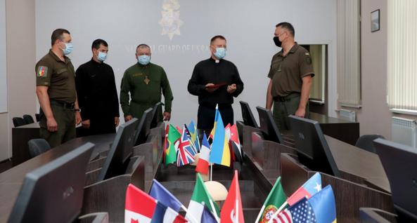 Військові нагородили священника УГКЦ медаллю «За співпрацю»