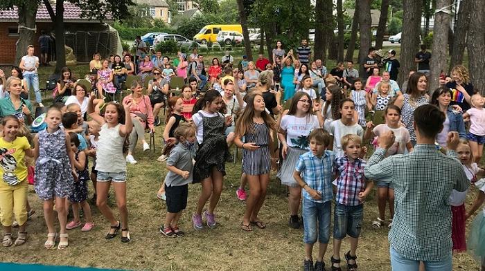 Баптисти провели музичний на Київщині музичний табір для 100 дітей