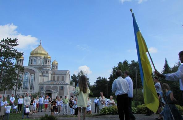 Посольства України у Фінляндії та Канаді відсвяткували разом з греко-католиками День Незалежності України