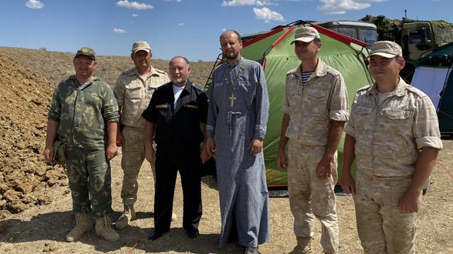 Служителі УПЦ (МП) продовжують благословляти окупантів на охорону Криму від України