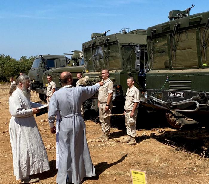 Священники УПЦ (МП) отрабатывают боевые позиции в Крыму