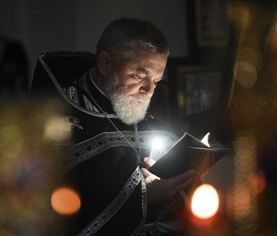 Через коронавірус помер священник ПЦУ