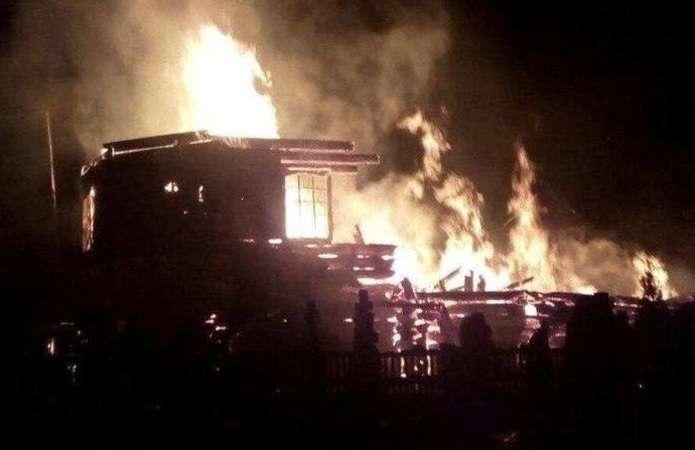 Хлопець, який підпалив церкву на Буковині, є неосудним
