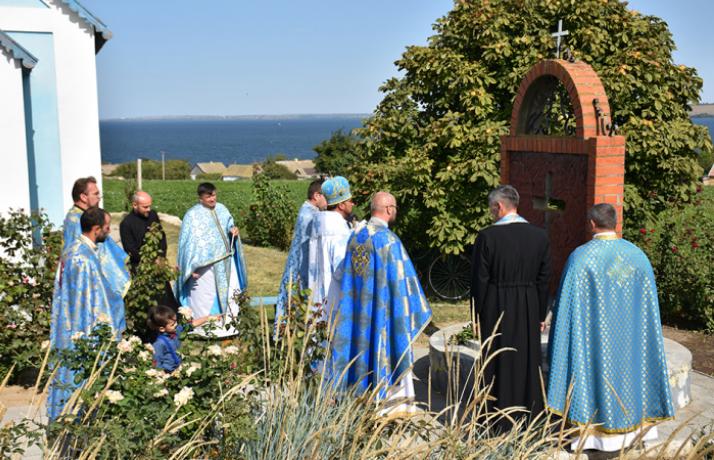 Єпископ УГКЦ відслужив панахиду за депортованими на Херсонщину із Дрогобиччини українцями