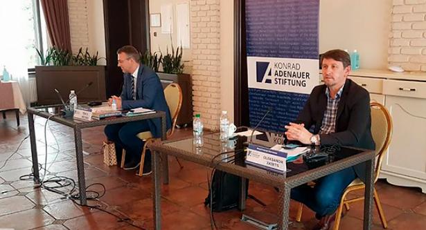 Експерти і релігійні діячі України та Німеччини обмінялися досвідом протидії COVID-19