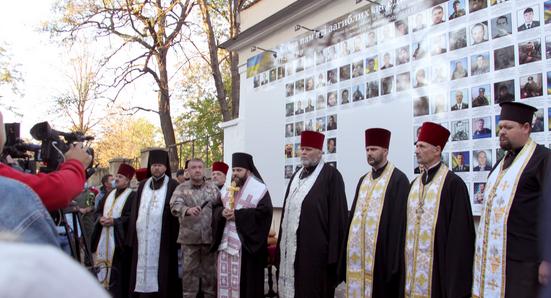У Вінниці, Житомирі, Одесі та Южноукраїнську освячено меморіали полеглим захисникам України