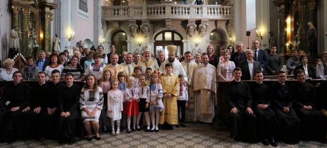 Греко-католики освятили новий храм у США, створили фундацію в Угорщині та звершили літургію у Франції