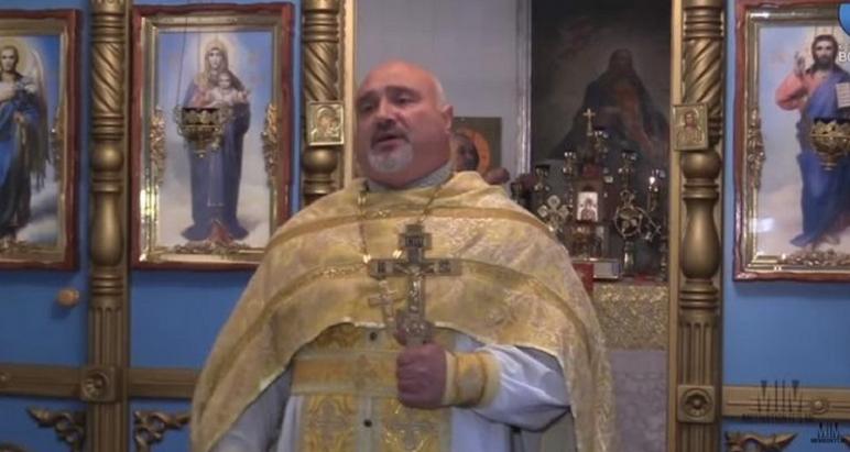 Священника-спортсмена УПЦ (МП) заборонили у служінні за балотування у депутати