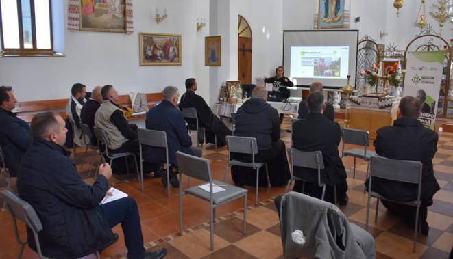 УГКЦ мобілізує священників для опіки хворих на COVID-19 та навчає подавати заявки на грант для соціальних проєктів